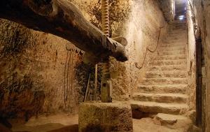 Antigua bodega-museo en la localidad de Cigales. / DOC
