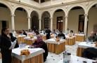 El jurado de cata en el antiguo convento de La Asunción, de Albacete. / B